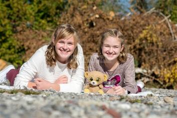 Foto Hüss - Outdoor - Portrait -  Aufnahmen - Schwestern